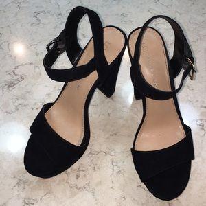 Lauren Conrad black platform high heel